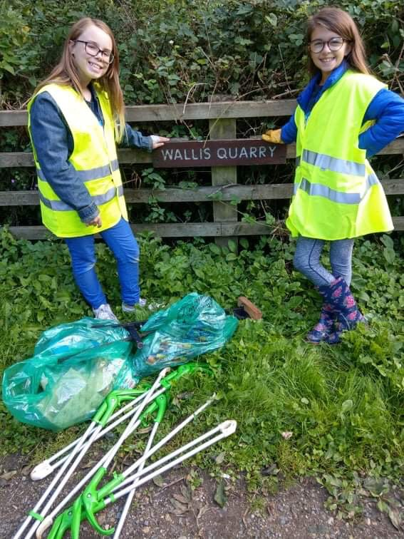 earth's army litter pick forge valley